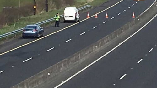 The M9 is closed in Co Kildare for an investigation