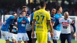 Napoli celebrate a crucial win