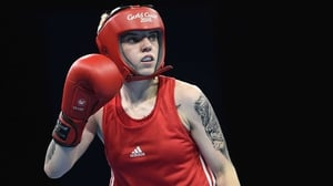 Northern Ireland's Kristina O'Hara has guaranteed herself at least a silver medal at the Commonwealth Games