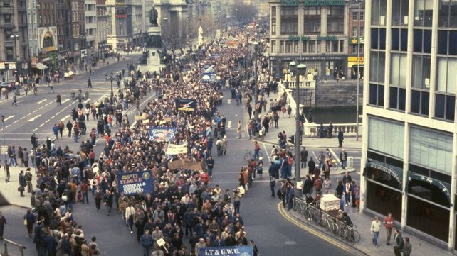 PAYE workers protest in Dublin (1983).