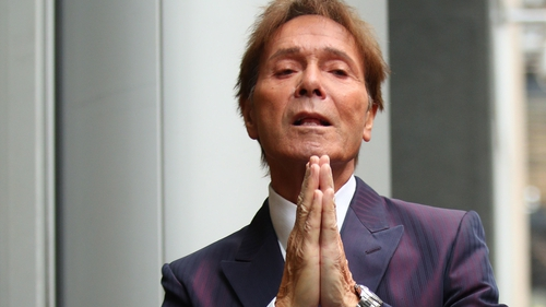 Sir Cliff Richard criticises BBC over raid footage