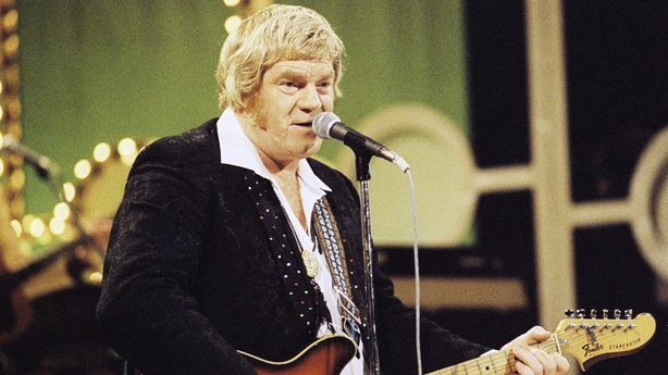 Country music star Big Tom McBride has died