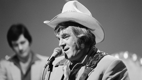 Irish country music singer Big Tom, wearing a stetson, performs during the recording of RTÉ Television's 'Country Star Time', in Studio 1 in December 1980.