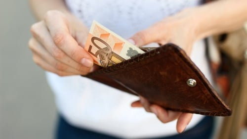 4 Tips for finding extra cash