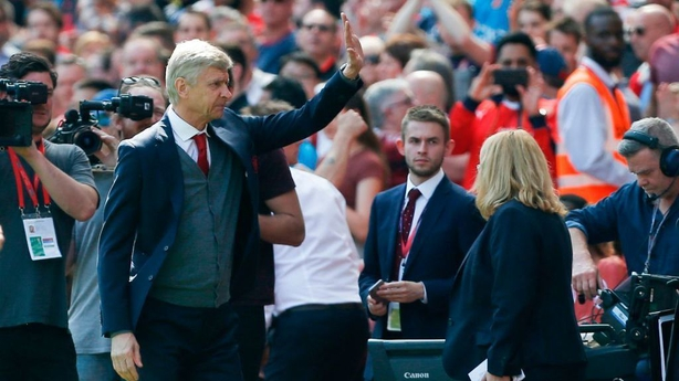Wenger clarifies comment on Arsenal exit 'timing'