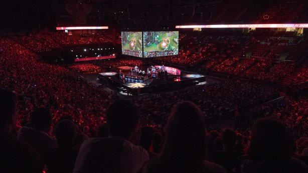 Computer games or Olympic Games: eSports at crossroads