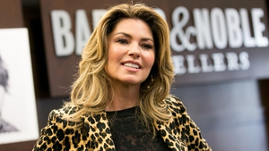 Shania Twain issues apology over Donald Trump comments