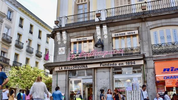 Mallorquina exterior bakery