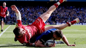 Fergus McFadden takes his try against the Scarlets