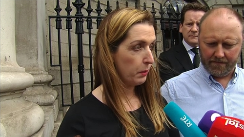 Ms Phelan was awarded €2.5 million in a settlement against the US lab during the week, over a false negative smear test in 2011