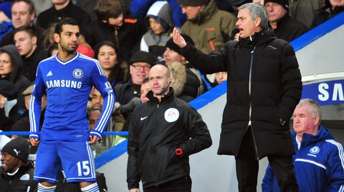 Jose Mourinho gives instructions to Mo Salah during his time in charge of Chelsea