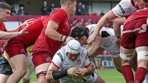 Rory Best goes over for an Ulster try