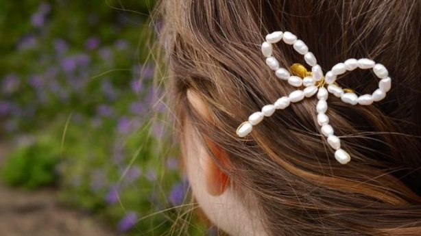 PearlsByTabs Ivory Pearl Bow Silver Plated Hair Comb