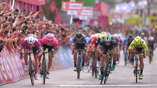 Reluctant Dennis in pink as Viviani wins Giro second stage