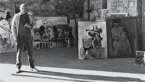 From 1965, Pablo Picasso with some of his work. Photo:Cecil Beaton/Condé Nast via Getty Images