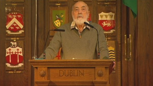 "Mr Kinsella was described as a poet who wrote about ""youth and age, innocence and experience"""