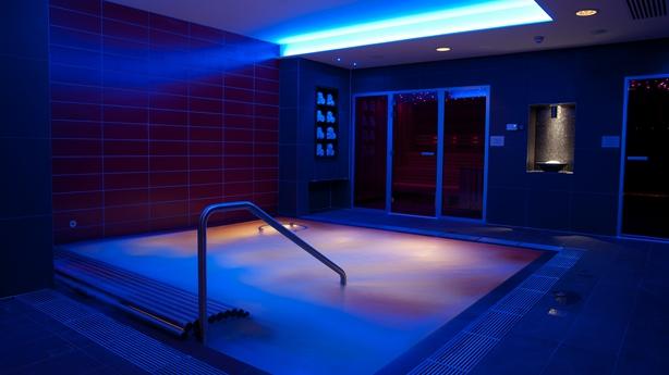 Merchant Spa Hydrotherapy Pool