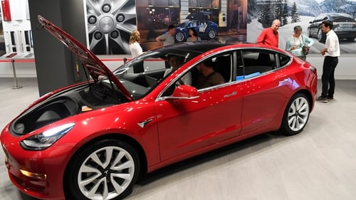 Consumer Reports to Retest Tesla Model 3 After Brake Fix