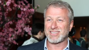 Roman Abramovich has reportedly experienced delays in his UK visa request