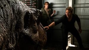 Bryce Dallas Howard and Chris Pratt in Jurassic World: Fallen Kingdom
