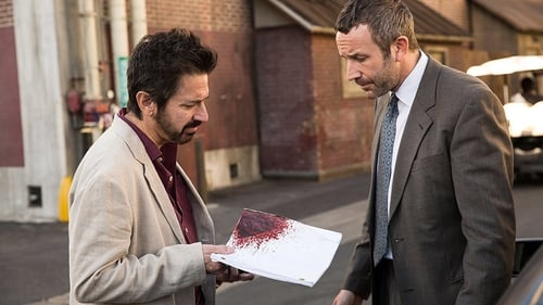 Ray Romano and Chris O'Dowd in Get Shorty