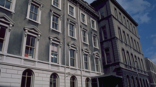 Adelaide Hospital 1977