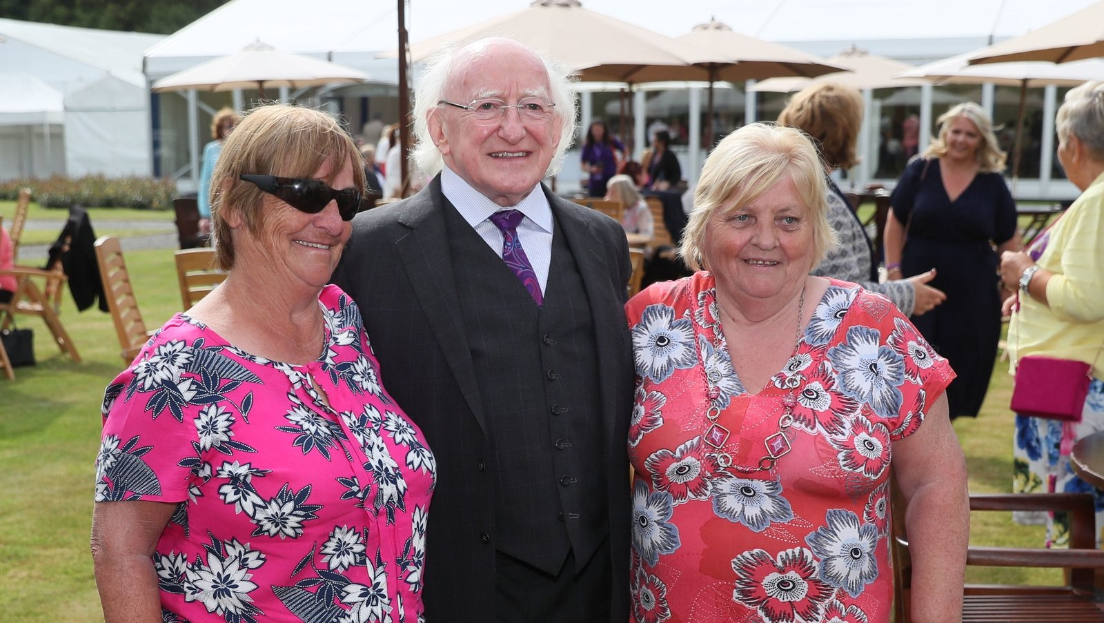 Image - Mairead Manly (L) and her friend Roseanna Murphy with President Higgins