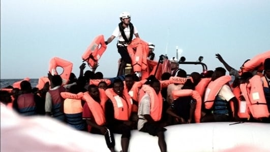 Spain to take in drifting ship with over 600 migrants on board