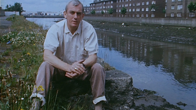 Shay Healy in Ringsend (1988)