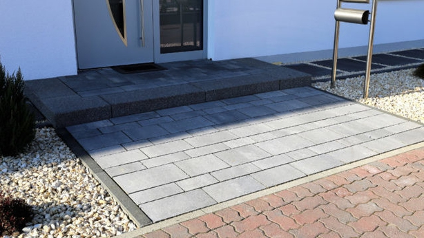 Different colours of paving can make a scheme disjointed