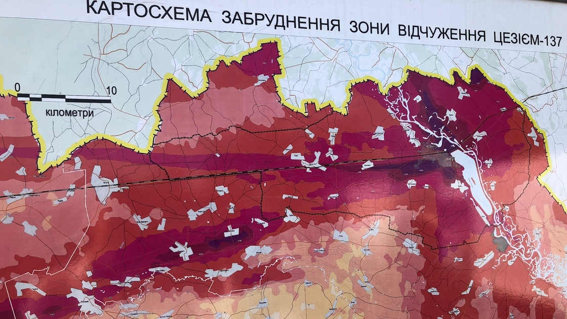 Image - Map of the zones surrounding the Chernobyl plant contaminated by Caesium-137