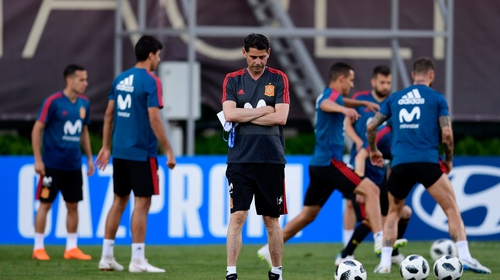 Fernando Hierro takes charge of his first training session yesterday