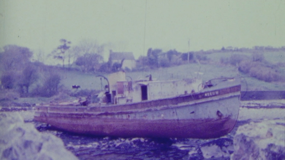 Shipwreck in Kilmacalogue