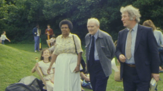 Ruth Mompati, Sean MacBride and Seamus Heaney, Merrion Square (1983)