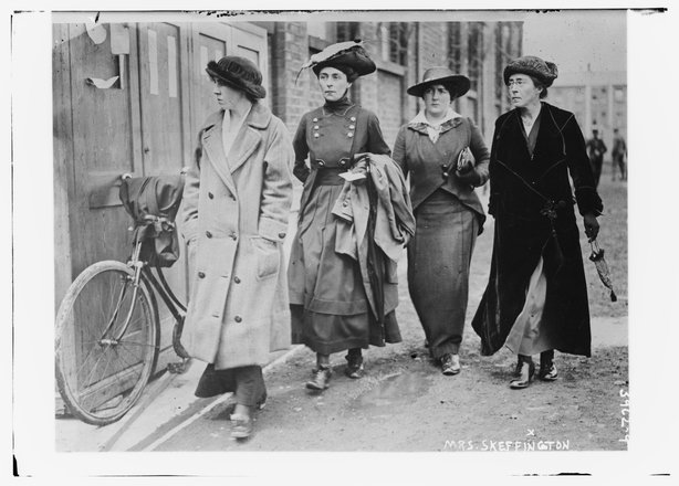 Hanna-Sheehy-Skeffington-and-Suffragettes