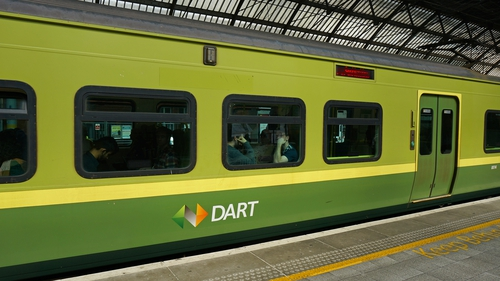 One in six weekday journeys on the DART are made between 8am and 9am