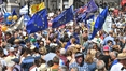 EU supporters march in London over vote on Brexit deal