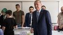 Recep Tayyip Erdogan votes in today's election