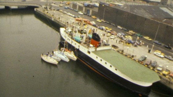 MV Arran on the River Liffey (1983)