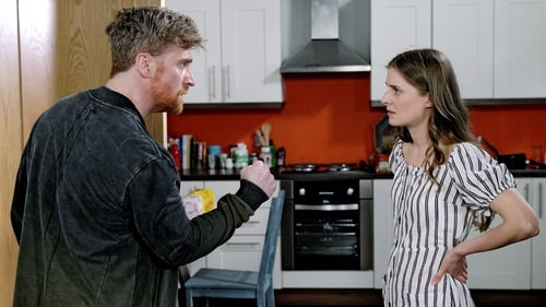 Emmet is shocked when he comes face to face with Tessa Holloway on Fair City