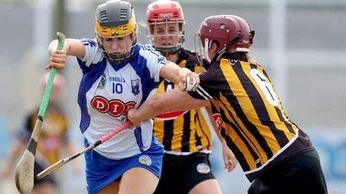 Cathriona McGlone is tackled by Anne Dalton