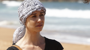 Leah and Roo try to get Maggie to try something new on Home and Away