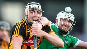 Treaty defender Séamus Hickey tackling Liam Blanchfield of Kilkenny