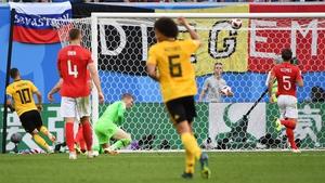 Eden Hazard puts the game beyond doubt as he score's Belgium's second goal