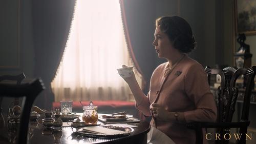 Olive Coleman as Queen Elizabeth II in The Crown