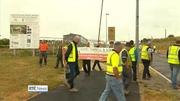 One News (Web): Subcontractors picket school building sites