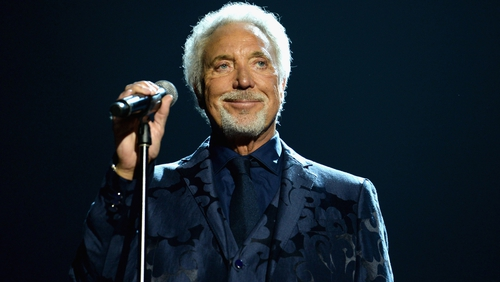 Tom Jones cancels gig due to ill health
