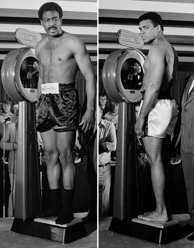 Muhammad Ali and Al 'Blue' Lewis weigh in at the Gresham Hotel, Dublin in 1972