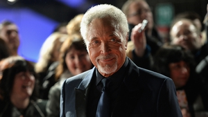 Tom Jones: saw therapist about Bob Dylan song