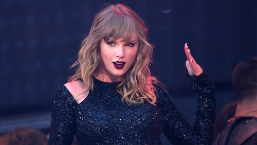 Taylor Swift and Macca talk informal music nights